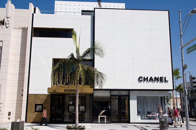 The luxurious Chanel Boutique on Rodeo Drive.  Photo from google images.