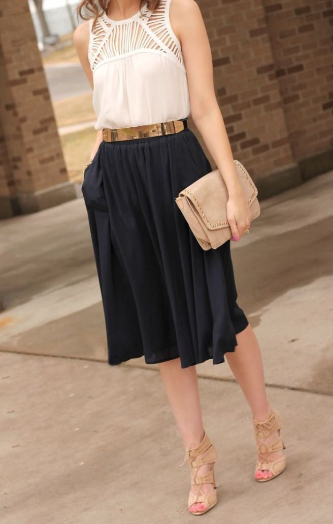 Another great example of a lightweight midi skirt with a loosely fit short sleeved top.